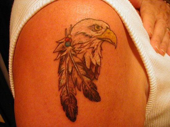 Nice Small Eagle Tattoo on Shoulder