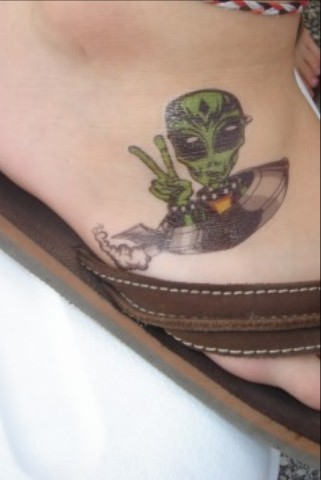 Happy Alien Tattoo