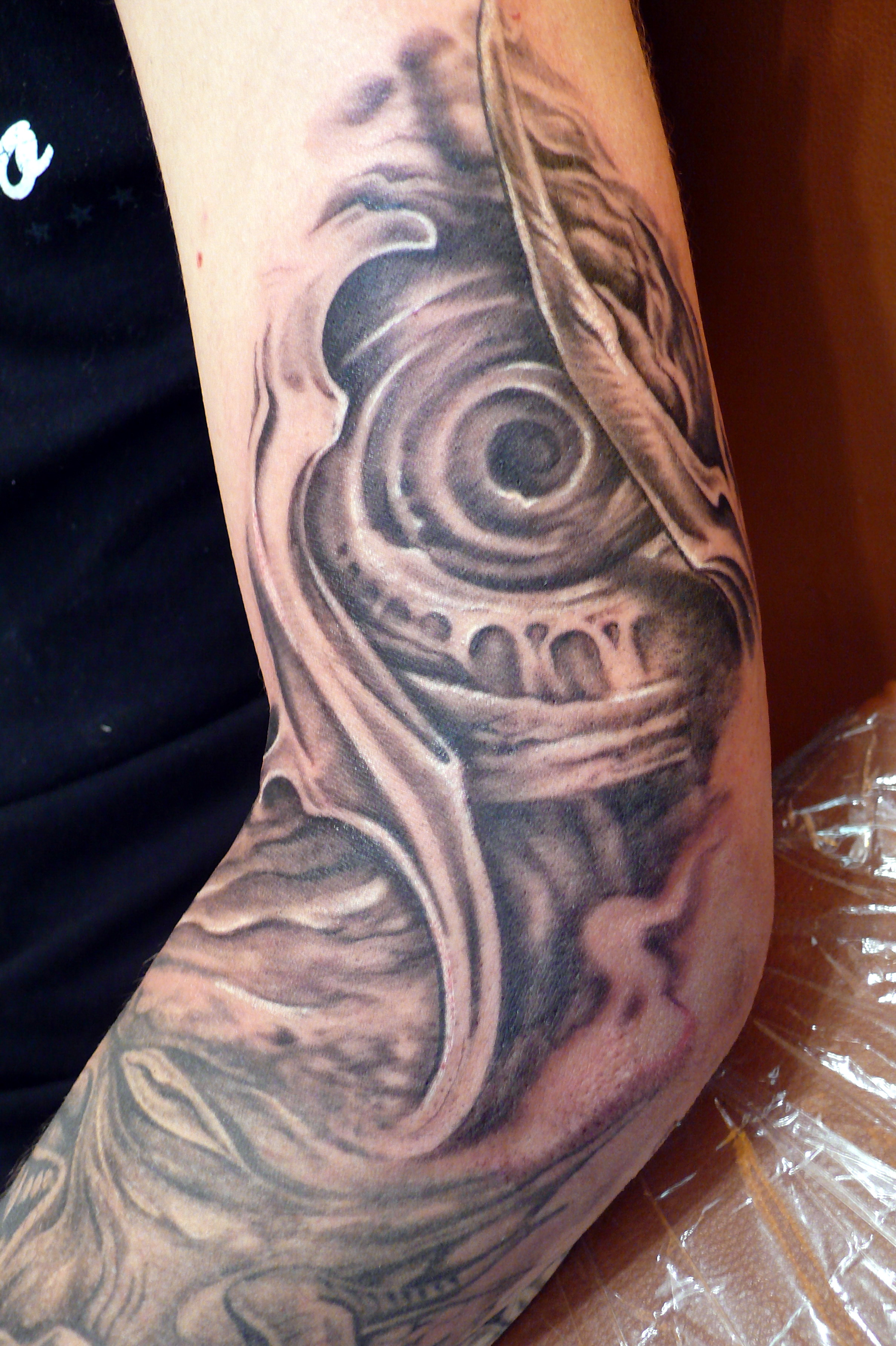 Biomechanical Alien Tattoo Design For Your Arm