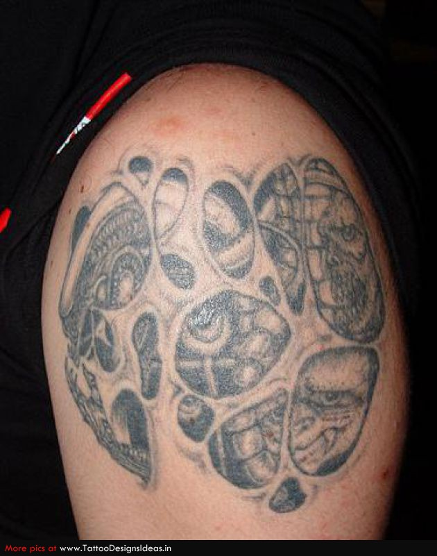 Monster Alien Face Tattoo On Shoulder