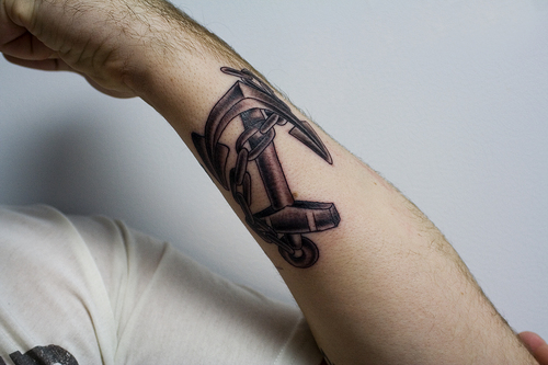 Amazing Arm Anchor Tattoo With Chain