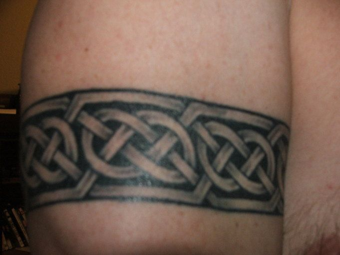 Celtic Armband Tattoo