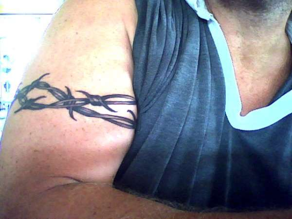 Barbed Wire Armband Tattoo