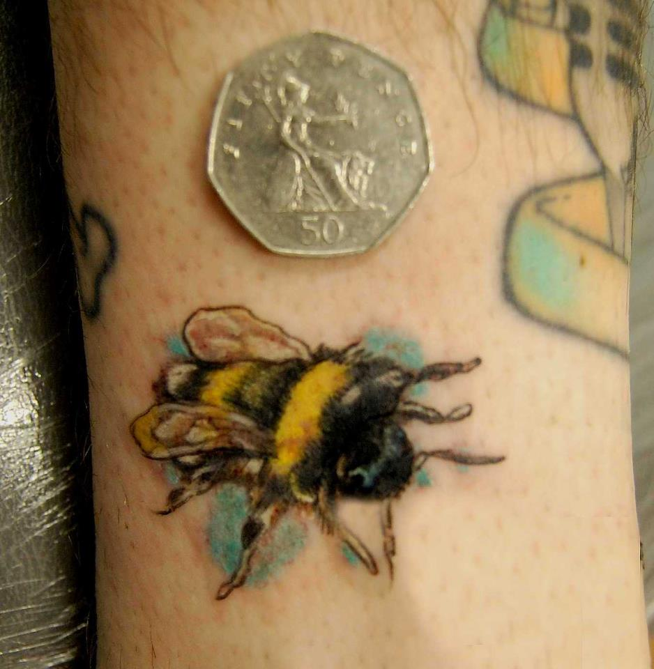 Brilliant Bee Tattoo