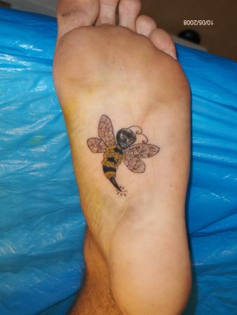 Cartoon Bee Tattoo On Under Foot