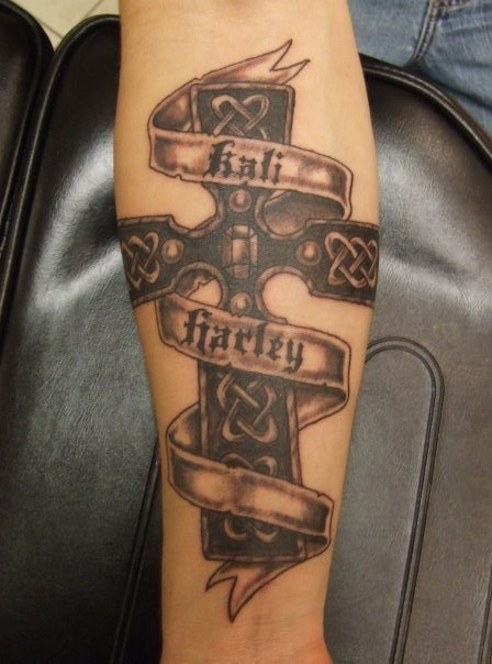 Fabulous Cross Banner Tattoo Design