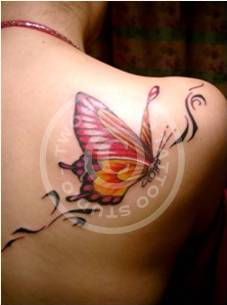 Lovely Butterfly Tattoo On Back Shoulder