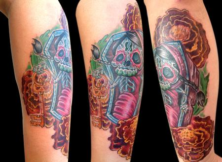 Color Skull In Coffin Tattoo Design