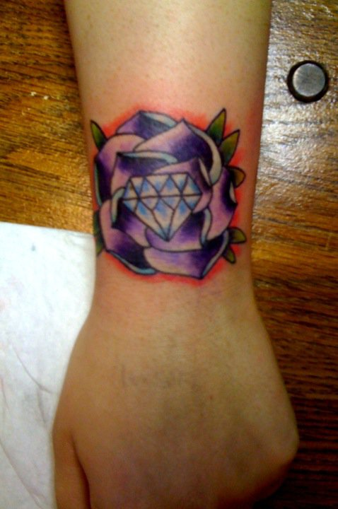 Flower n Diamond Tattoo On Wrist