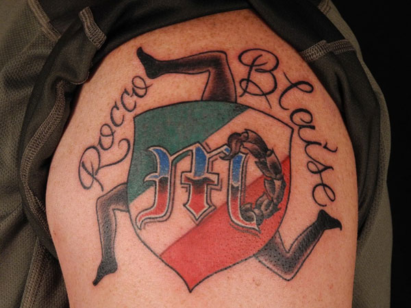 Italian Country Symbol Tattoo On Shoulder