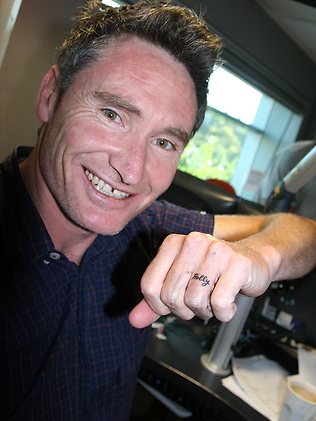 Dave Hughes Ring Finger Tattoo Design