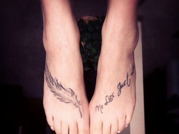 Mind Blowing Feather Tattoo On Foot