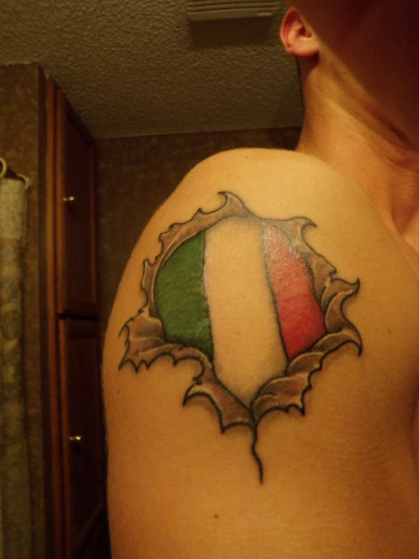 Ripped Skin Italian Flag Tattoo On Right Shoulder