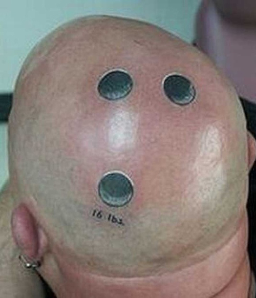Bizarre n Funny Tattoo On Head