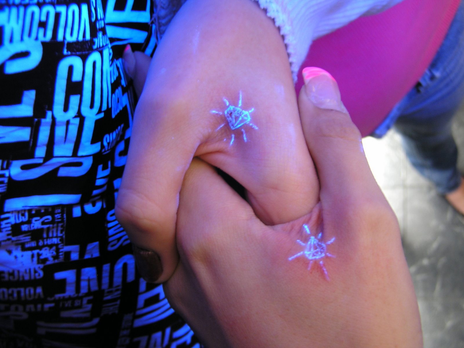 Black Light Diamond Hand Tattoo Designs