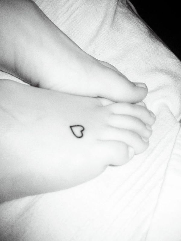 Heart Tattoo Designs on Foot Cute Heart Tattoo on Foot