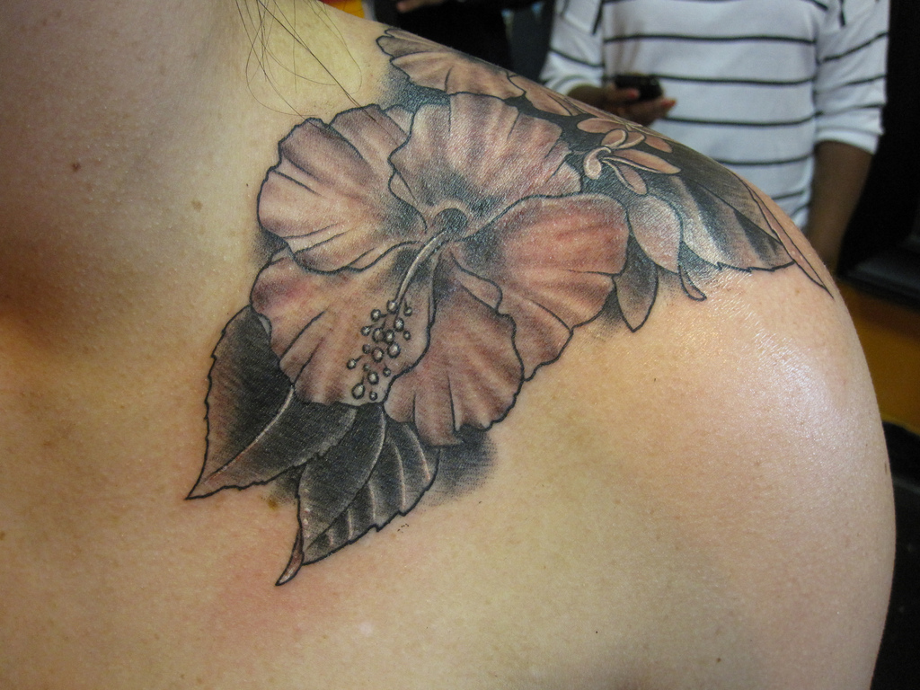 Elegant Hibiscus Tattoo Design On Shoulder For Girls