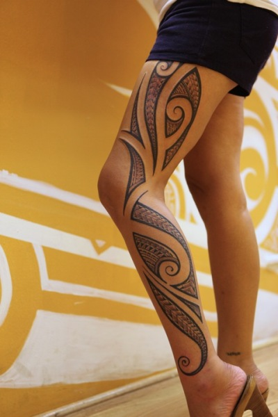 Hawaiian Tribal Leg Tattoo