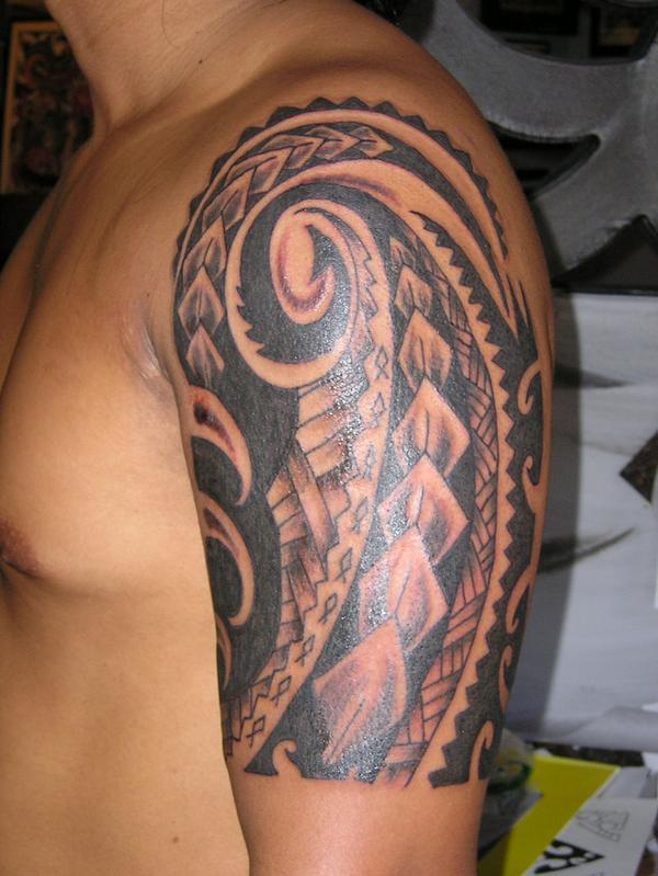 Hawaiian Tribal Tattoos Sleeves Hawaiian Tribal Tattoo On Half