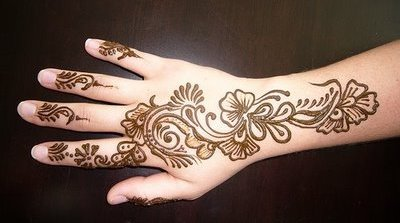 Henna Hand Tattoo Fashion