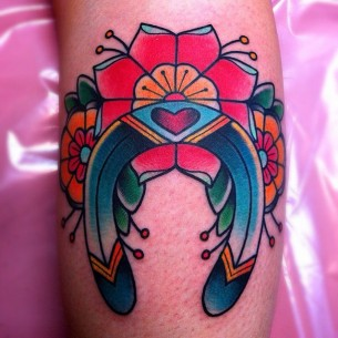 Beautiful Horseshoe Tattoo Design