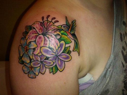 Charming Flowers n Hummingbird Tattoo On Right Shoulder
