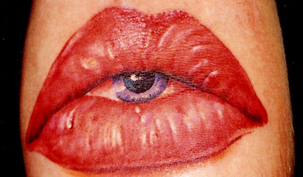 Amazing Eye Lips Tattoo Desgin