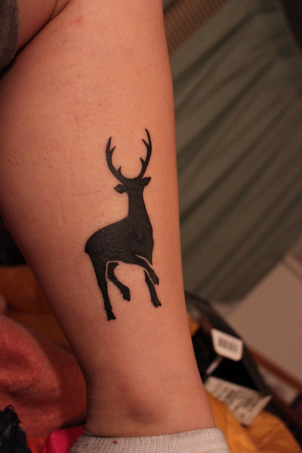 Black Ink Deer Leg Tattoo Design