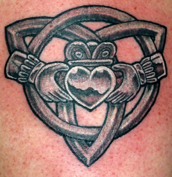 Celtic Knot Claddagh Tattoo Design