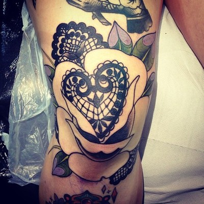 Heart Rose Knee Cap Tattoo Design