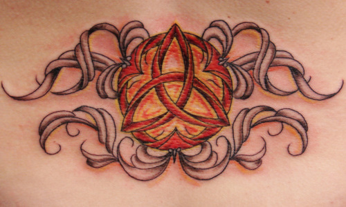 Lovely Celtic Knot Tattoo Design