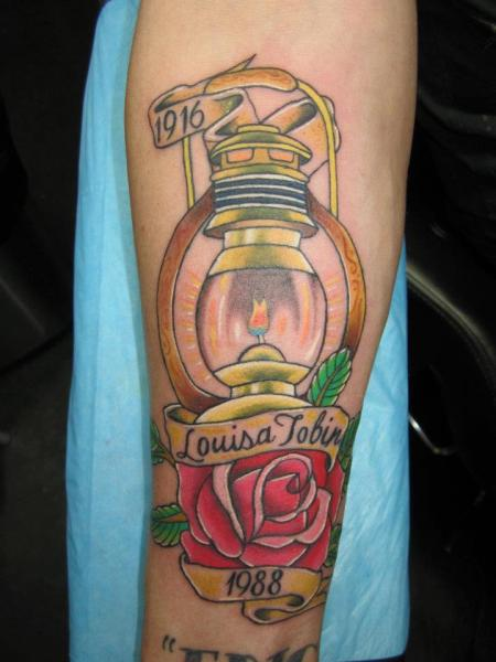 New School Lamp n Red Rose Tattoo On Arm