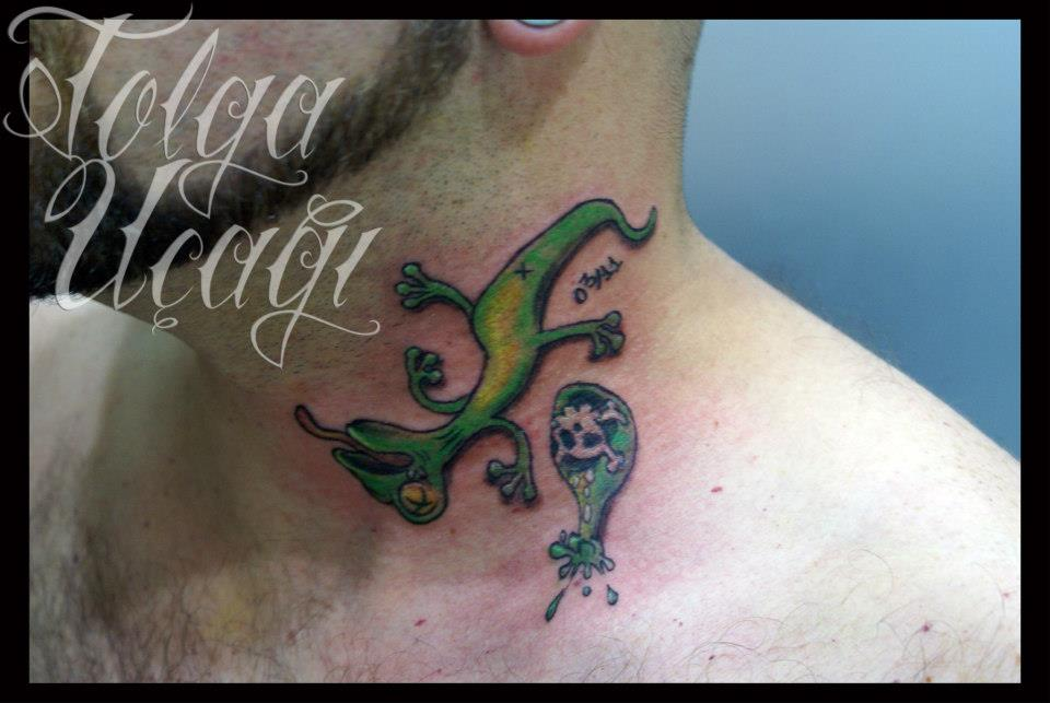 Dead Lizard Tattoo On Neck For Men