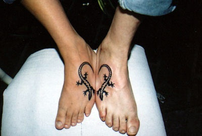 Lizards Heart Tattoo Desgins On Feet