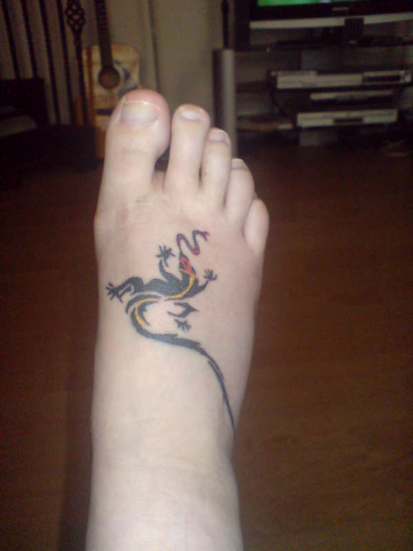 Long Tail Lizard Tattoo On Foot