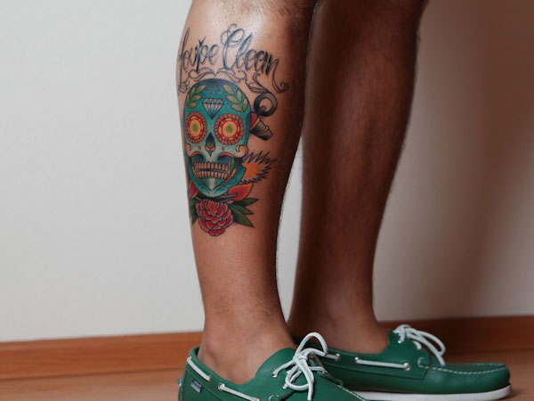 Loupe Clean Mexican Sugar Skull Tattoo On Leg