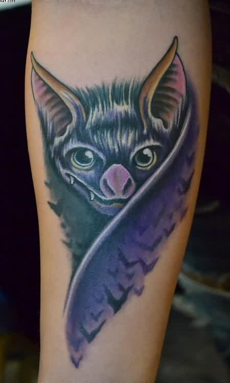 Nice Realistic Bat Tattoo Design