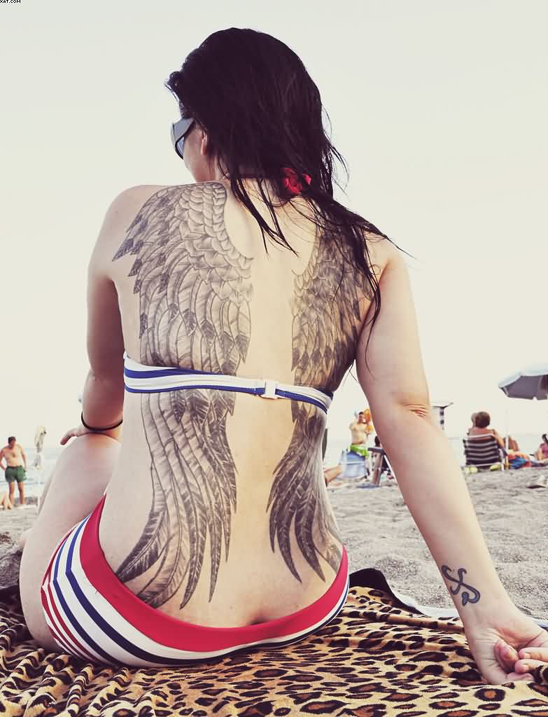 Angel Wings Tattoos On Sexy Back For Women