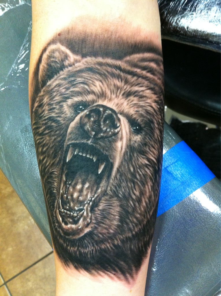 Screaming Wild Bear Tattoo On Arm