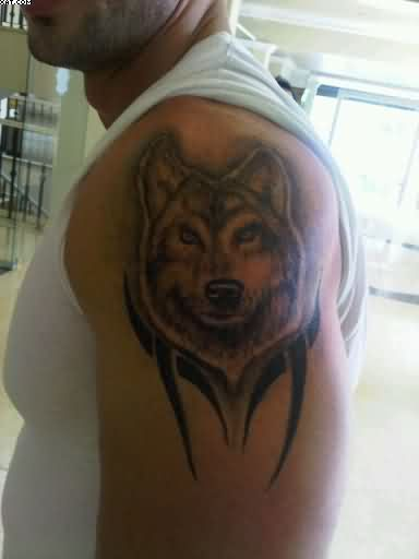Tribal Wolf Head Tattoo On Shoulder