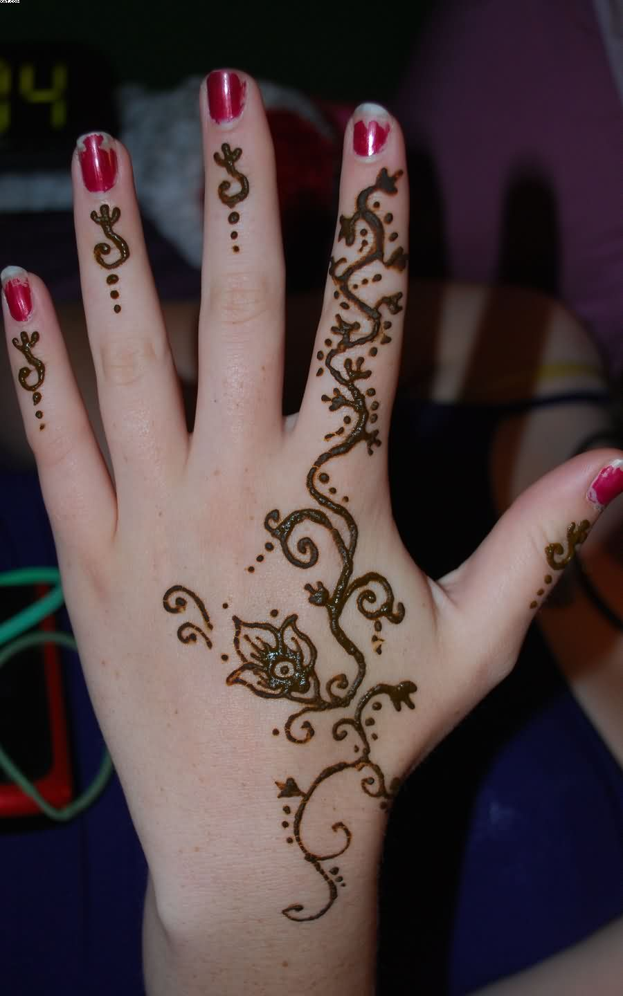 Henna Vine Tattoo On Hand