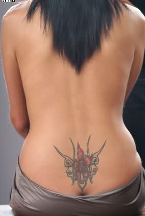 Sexy Lower Waist Tattoo For Girls