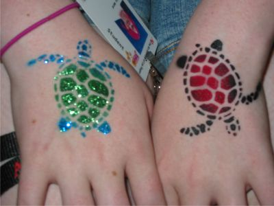 Airbrush Turtle Tattoos On Hands