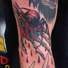 Amazing Traditional Spider Tattoo