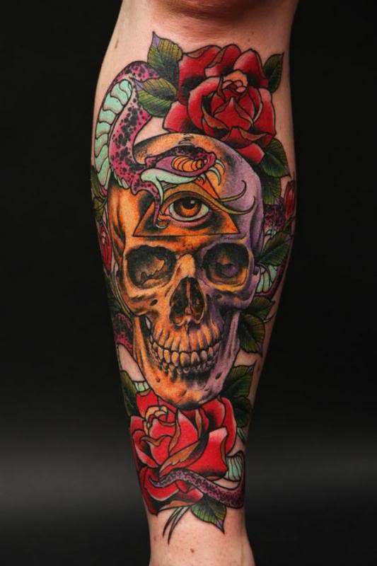 Amazing Traditional Tattoos On Legs