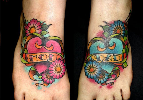 Beautiful Mom Dad Hearts Tattoos On Feet