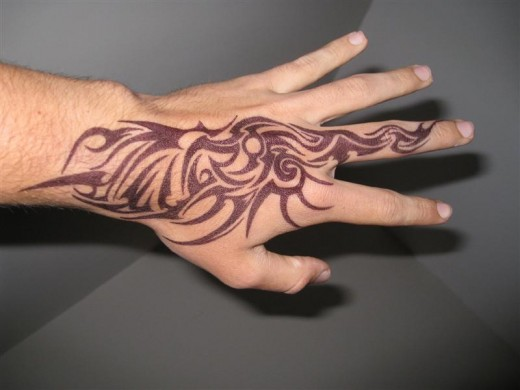 Cool Tribal Tattoo For Your Hand