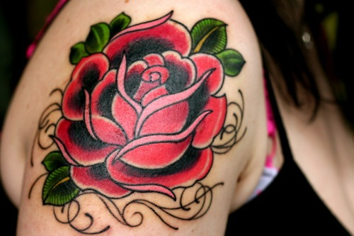 Incredible Traditional Tattoo For Shoulder