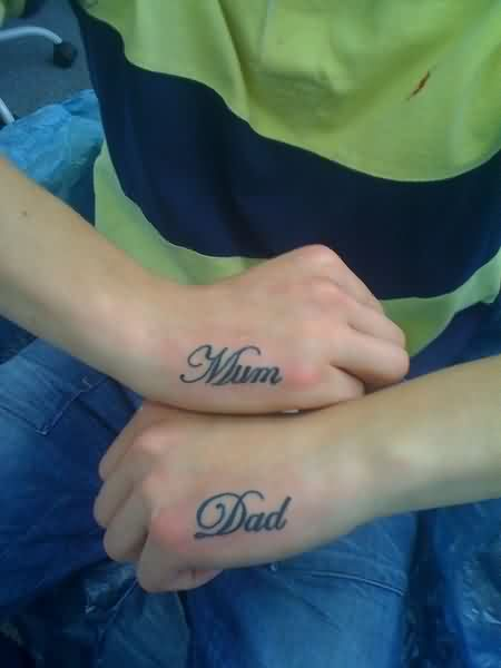 Mum Dad Tattoos On Hands