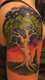 Outstanding Tree Tattoo For Shoulder